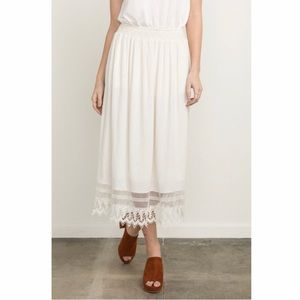 Mystree Smock Waist Midi Skirt With Lace Hem